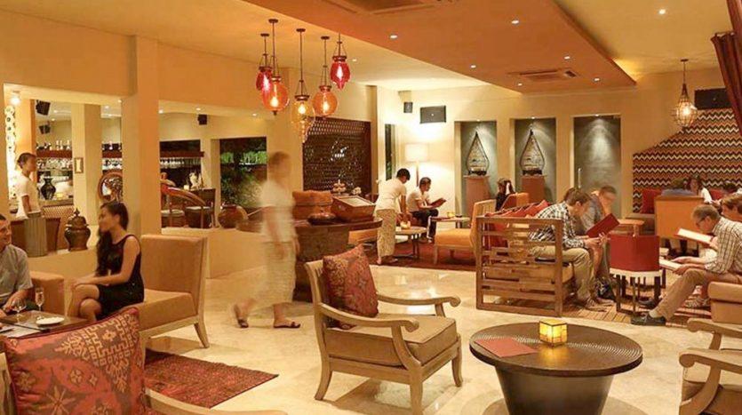Villa Disewakan Bali - News - Restoran Mozaic Bali